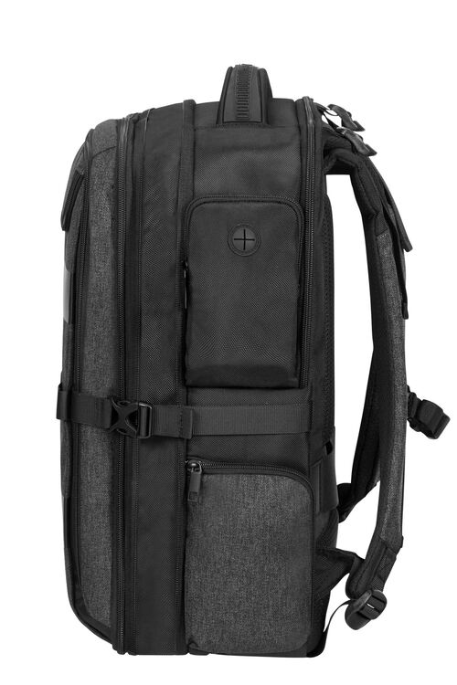 "BLEISURE BP 17.3"" EXP OVERNIGHT  hi-res 